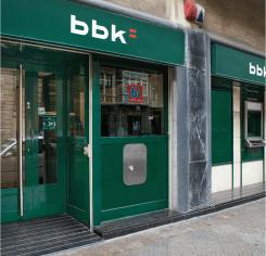Bilbao bizkaia kutxa oficinas y cajeros for Oficinas bbk en barcelona